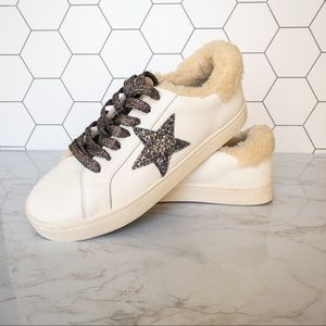 Steve Madden Polarize Sneaker with Star and Lining